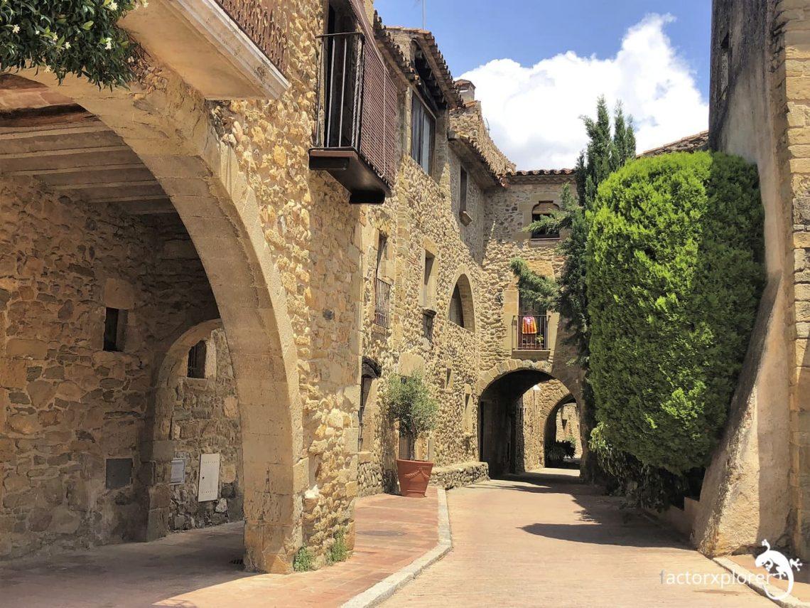 monells increíble pueblo del interior de Girona