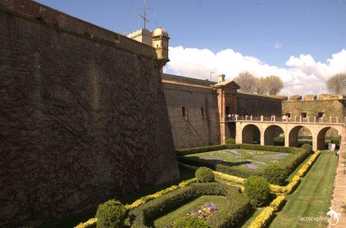 castillo montjuic, entrada