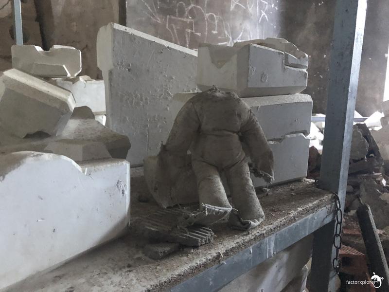 fábrica muñecas segrobe. 00 portada