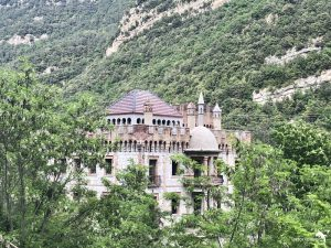 torre conde del figols. 00 palacio abandonado