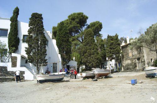 casa museo salvador dalí- 00 casa desde la playa