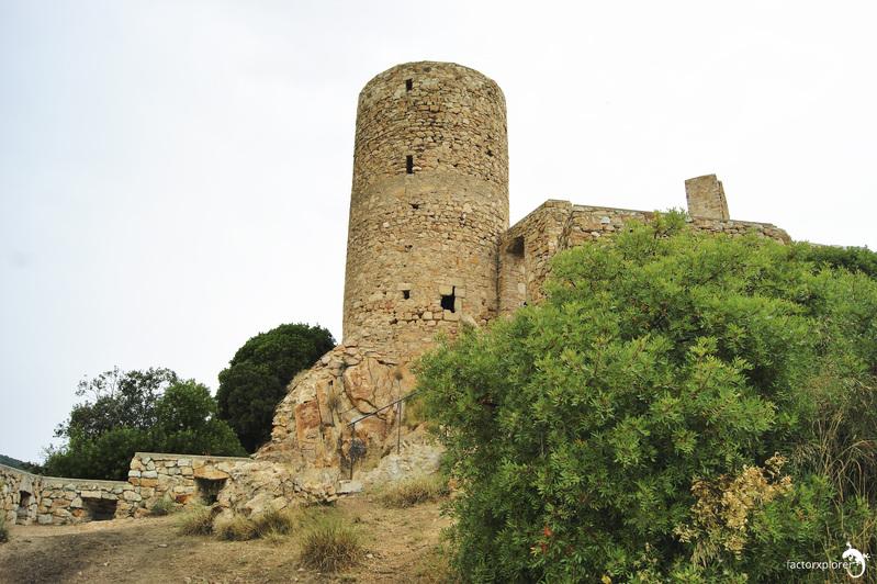castillo de burriac. 00 visitar el castillo